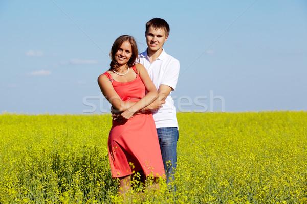 Stok fotoğraf: çift · çayır · görüntü · mutlu · sarı · yaz