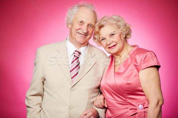 Pensione Coppia ritratto posa rosa Foto d'archivio © pressmaster
