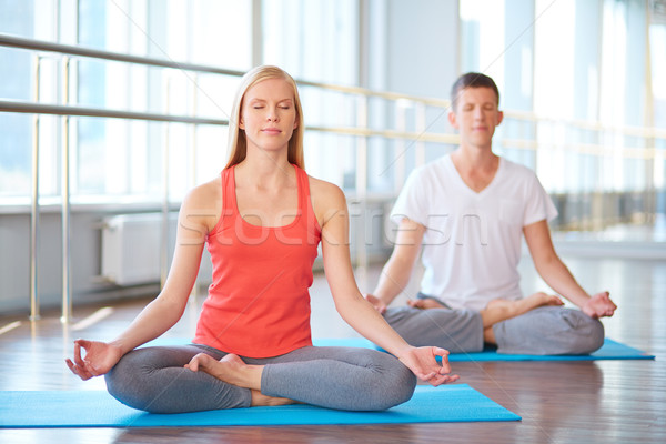 瞑想 一緒に 2 若者 行使 ストックフォト © pressmaster