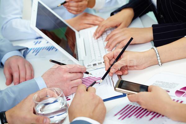 Stock fotó: Pénzügyi · munka · kép · emberi · kezek · dolgozik