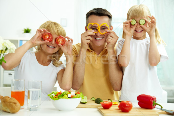Stock fotó: Család · portré · boldog · szülők · lánygyermek · pózol
