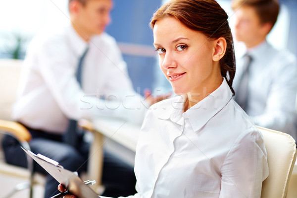 Biuro stażysta działalności dziewczyna pracy biurowej Zdjęcia stock © pressmaster