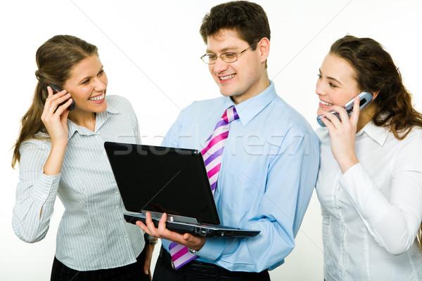 Zdjęcia stock: Zespołowej · Fotografia · dwie · kobiety · wzywając · telefonu · człowiek · biznesu