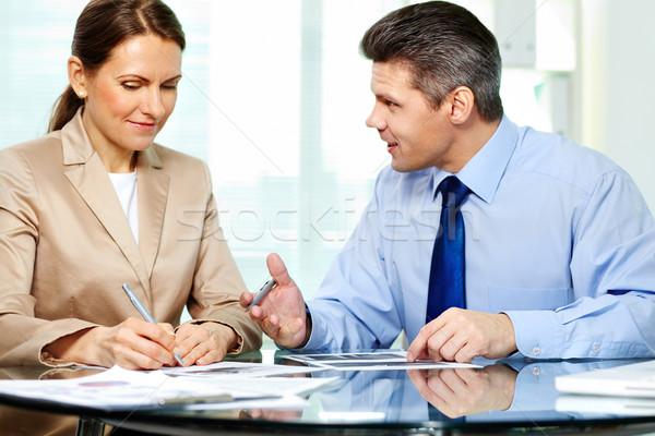 Documentos compañero de negocios nuevos estrategia Foto stock © pressmaster