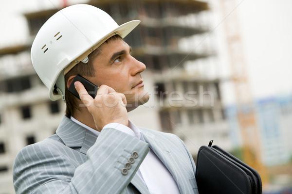 Hív portré komoly építész telefon épület Stock fotó © pressmaster