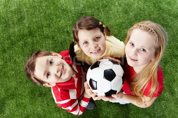 Сток-фото: отдыха · изображение · счастливым · друзей · трава · мяча