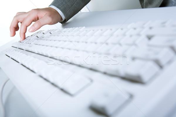 Сток-фото: ключевые · изображение · белый · клавиатура · человеческая · рука