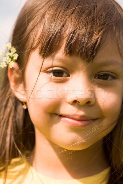 ストックフォト: 肖像 · かわいい · 少女 · 見える · カメラ