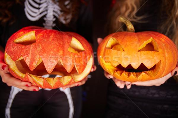 тыква фото Хэллоуин женщины ладонями Сток-фото © pressmaster