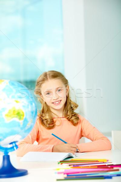 Pracowity portret smart uczennica niebieski farbują Zdjęcia stock © pressmaster