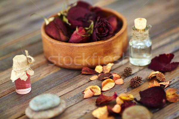 Foto stock: Perfumaria · secar · rosas · pétalas · de · rosa