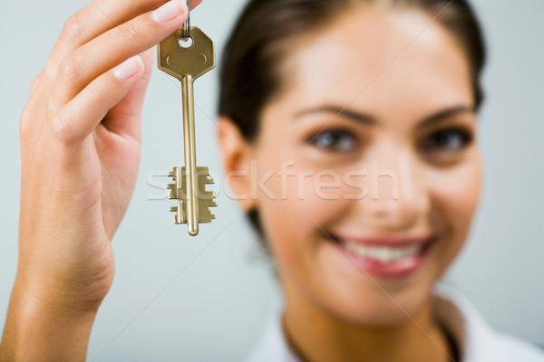 Schlüssel Zukunft lächelnd business woman halten Business Stock foto © pressmaster