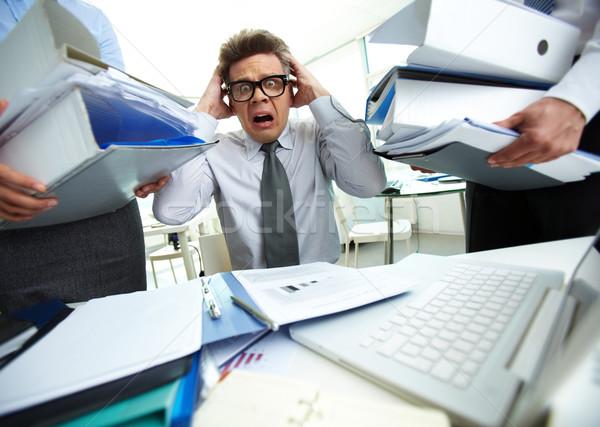 бухгалтер испуганный бухгалтер прикасаться голову Сток-фото © pressmaster