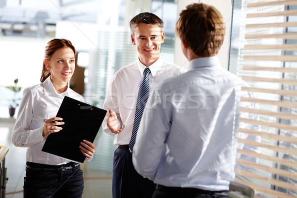Foto stock: Satisfecho · socios · alegre · resultados · reunión · empresario