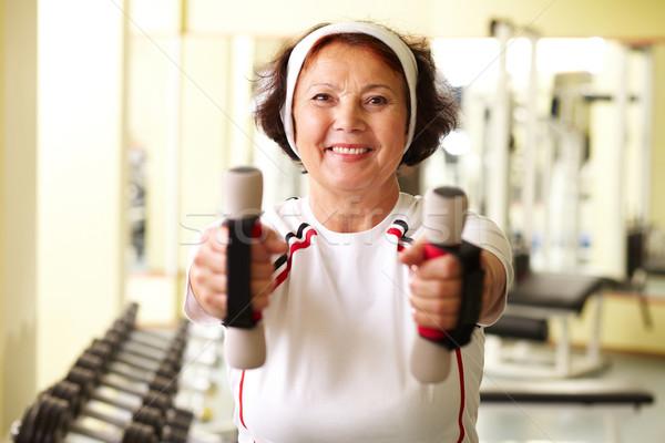 Egészséges élet portré idős nő képzés tornaterem Stock fotó © pressmaster