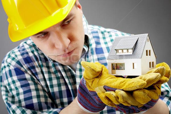 Stock fotó: Ház · modell · portré · komoly · építész · tart