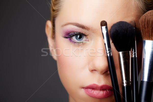 Gelaat jonge prachtig vrouwelijke naar Stockfoto © pressmaster