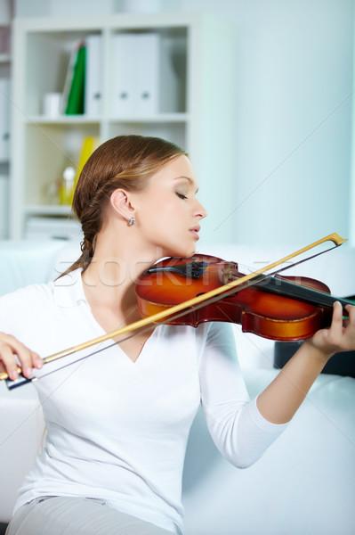Mükemmel oynamak portre genç kadın oynama Stok fotoğraf © pressmaster
