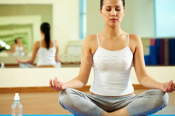Foto stock: Yoga · retrato · sereno · nina · ejercicio · gimnasio