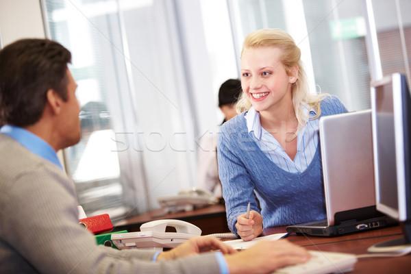 Planning afbeelding secretaris baas communiceren kantoor Stockfoto © pressmaster