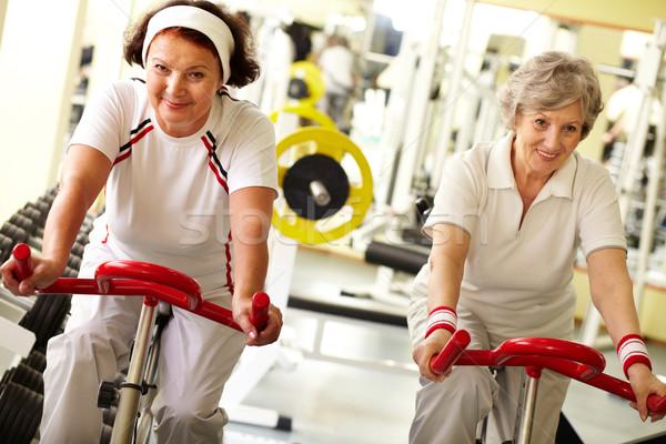 Néz egészség kettő csinos idős nők Stock fotó © pressmaster