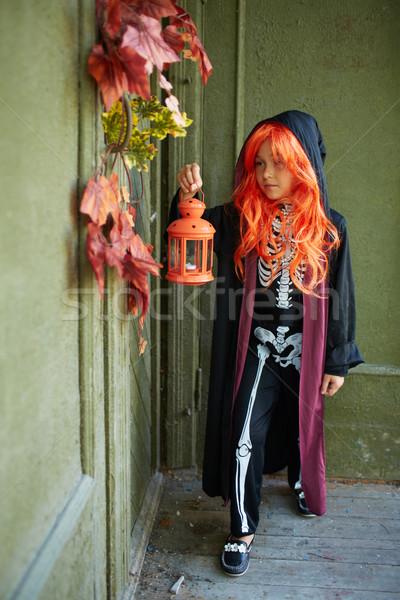 Sztuczka portret halloween dziewczyna latarnia Zdjęcia stock © pressmaster