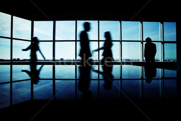 деловые люди служба несколько служащих ходьбе Сток-фото © pressmaster
