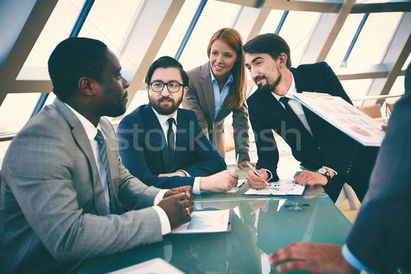 Foto stock: Consulta · grupo · pessoas · de · negócios · discutir · planos · idéias