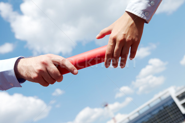 Fotó üzletemberek kezek üzlet égbolt sport Stock fotó © pressmaster