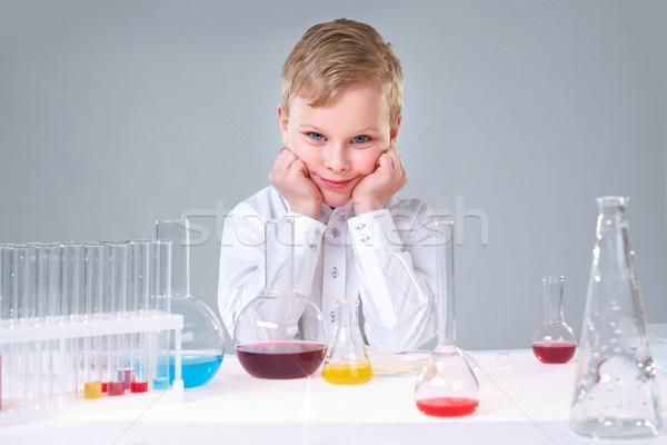 Stockfoto: School · project · cute · jongen · wetenschappelijk