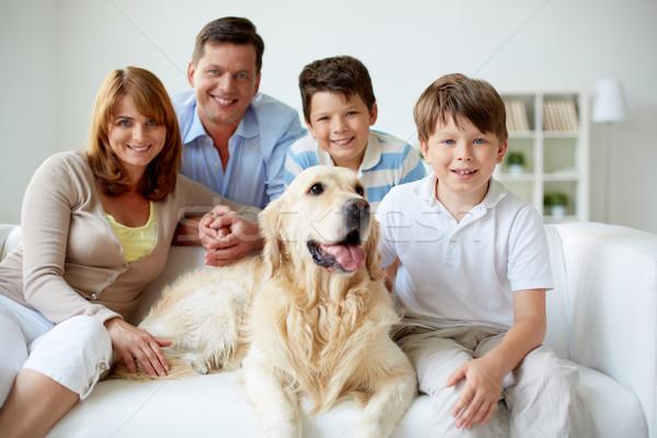 Stok fotoğraf: Aile · ev · portre · mutlu · aile · evcil · hayvan · adam · erkek