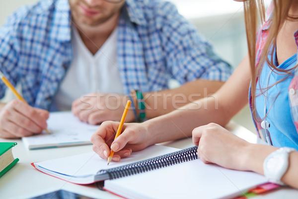 Notas mano estudiante lápiz de trabajo Foto stock © pressmaster