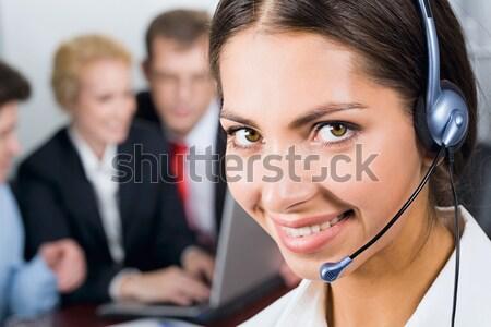 дружественный деловой женщины портрет улыбаясь гарнитура женщину Сток-фото © pressmaster