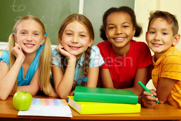 Photo stock: Groupe · élèves · portrait · puce · regarder