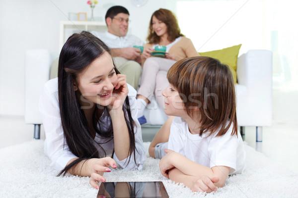 Photo stock: Regarder · une · autre · parents · séance
