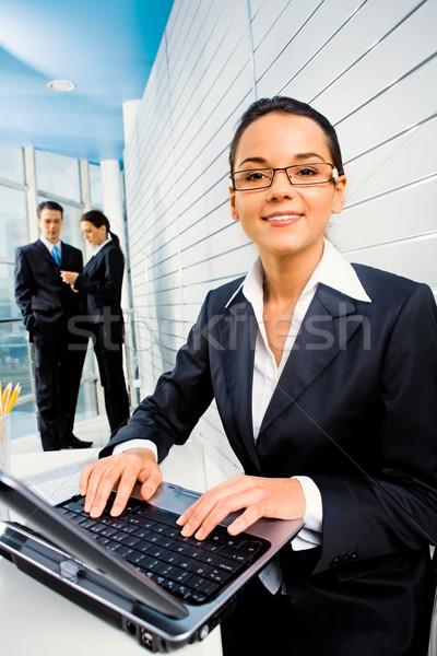 Stock fotó: Nő · munka · sikeres · számítógép · üzletemberek · iroda