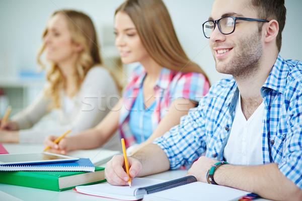 Stockfoto: Studenten · les · jongeren · schrijven · college · vrouw