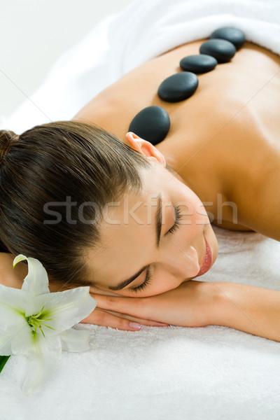 Relaxante imagem bastante menina salão de beleza Foto stock © pressmaster
