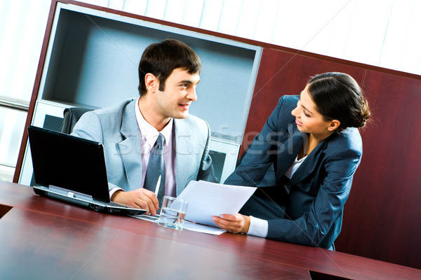 Spojrzeć pracy portret dwa ludzi biznesu patrząc Zdjęcia stock © pressmaster