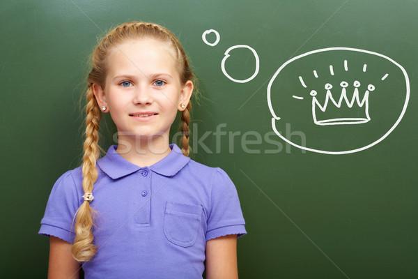 Foto stock: Menina · retrato · inteligente · lousa · pensando · coroa