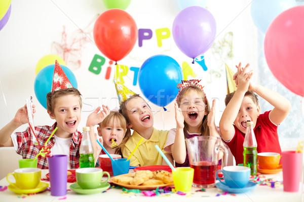 Születésnap buli csoport gyerekek jókedv lány Stock fotó © pressmaster