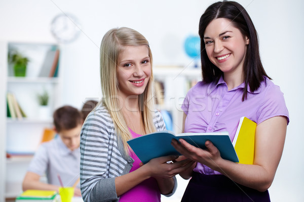 Stockfoto: College · gelukkig · leraar · student · naar · camera