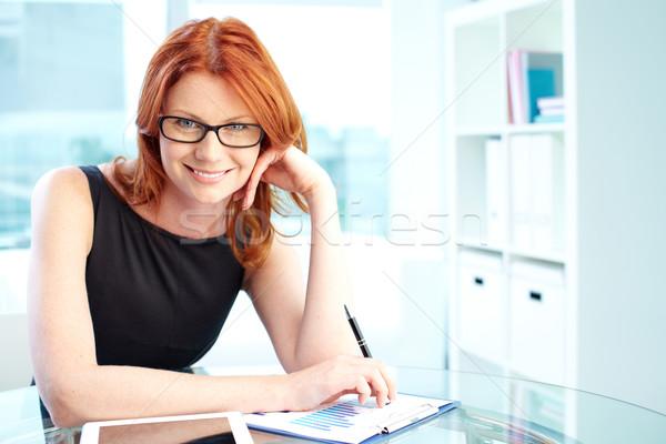 Hevesli gülümseme portre iş bayan Stok fotoğraf © pressmaster