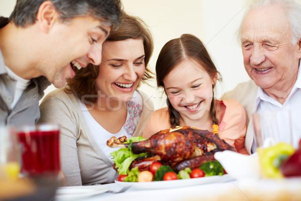 Apetitoso Turquía retrato familia feliz mirando Foto stock © pressmaster