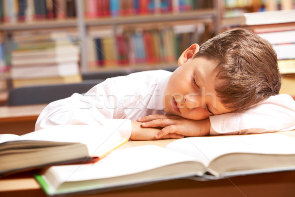 álom kép fiatal srác alszik könyvek könyvtár Stock fotó © pressmaster