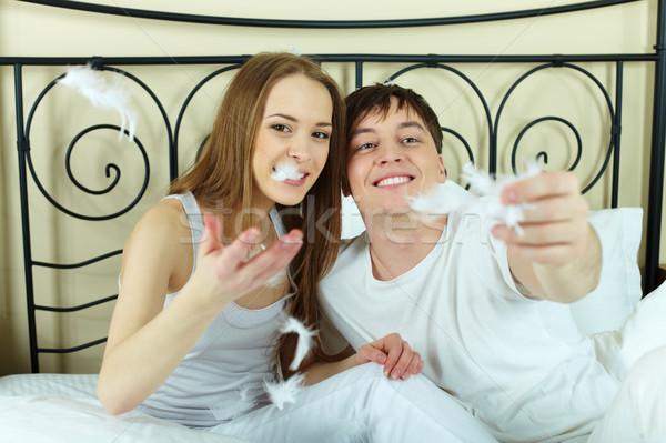 Stosunku szczęśliwy para gry biały Zdjęcia stock © pressmaster