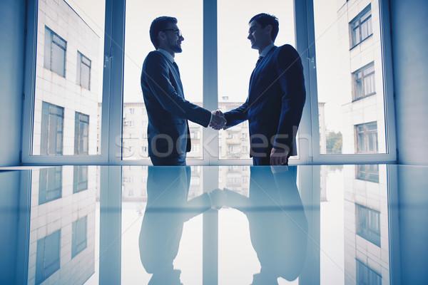 Stok fotoğraf: Anlaşma · fotoğraf · başarılı · işadamları · iş · adam