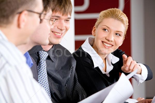 Zdjęcia stock: Obraz · business · woman · wskazując · kart · spotkanie · działalności
