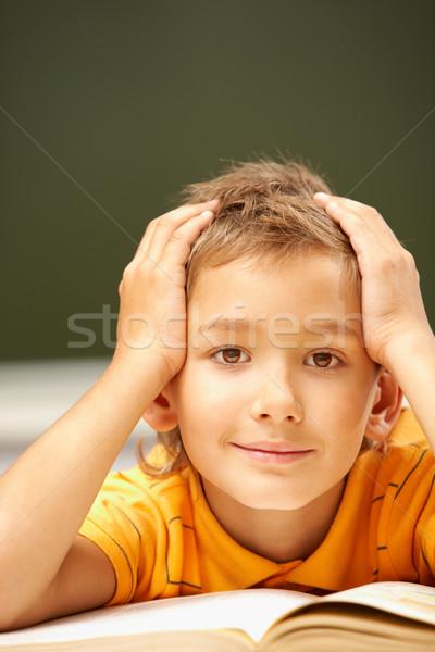 Fiatalos olvasó portré okos legény néz Stock fotó © pressmaster