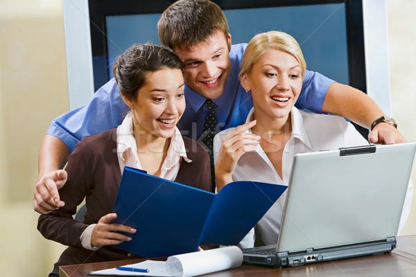 Demonstratie nieuwe innovatieve plan manager uitleggen Stockfoto © pressmaster
